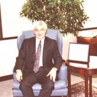 Golisano pic sitting down framed paychex-B10a.jpg
